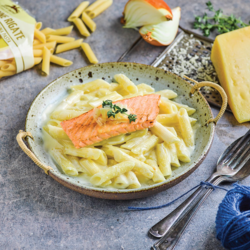 Penne carbonara with salmon