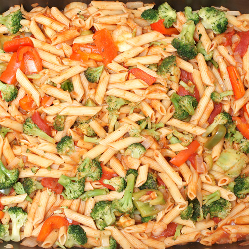 Tuna pasta with vegetables